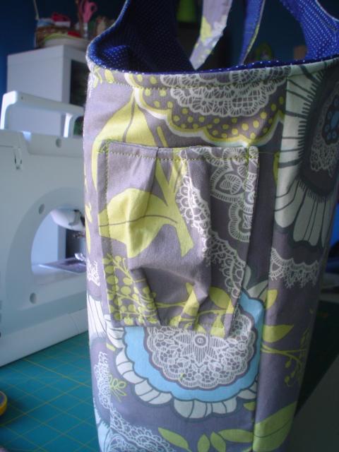 Diaper bag cell pocket