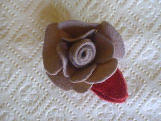 Rose barrette tan