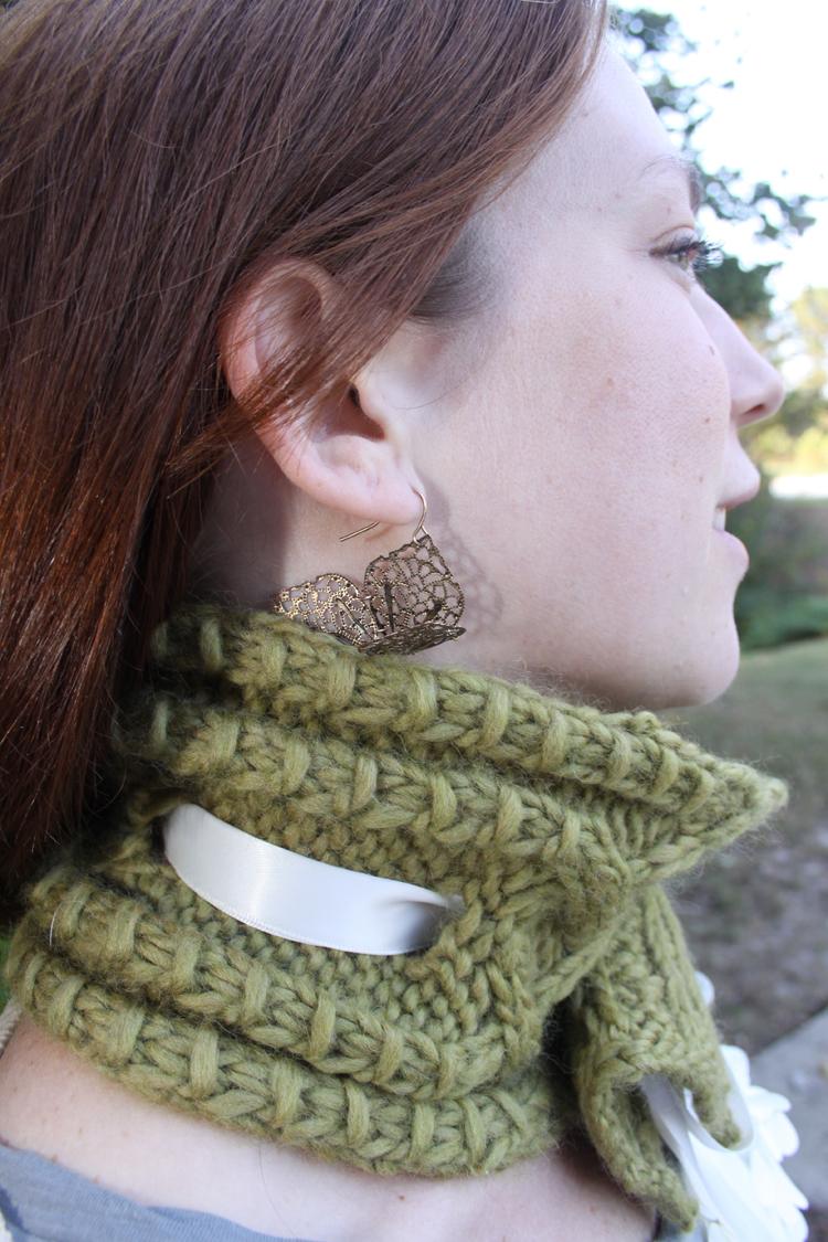 New Knitting Pattern: Braided Ribbon Cowl - Tara Miller Designs