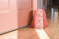 Red_seed_doorstop