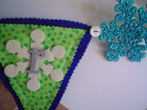 Garland_close_up_3