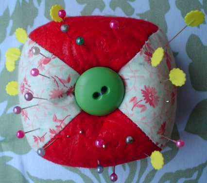 Red_pincushion_1